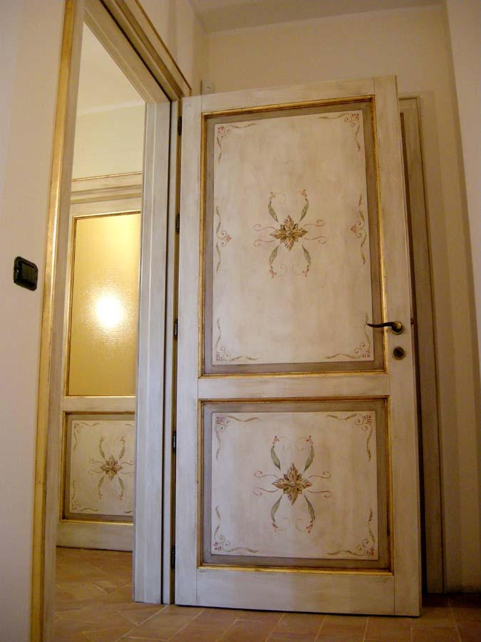 Awesome porte decorate a mano images - Porte antiche dipinte ...